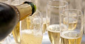Как сделать домашнее шампанское из винограда
