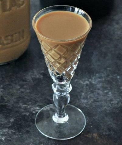 Ликер кофе с молоком