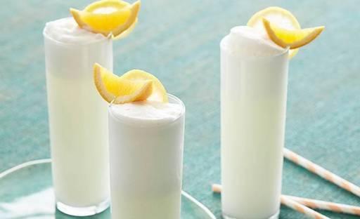 Коктейль gin fizz