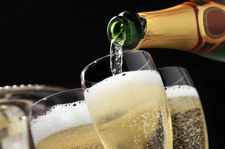 Игривое шампанское