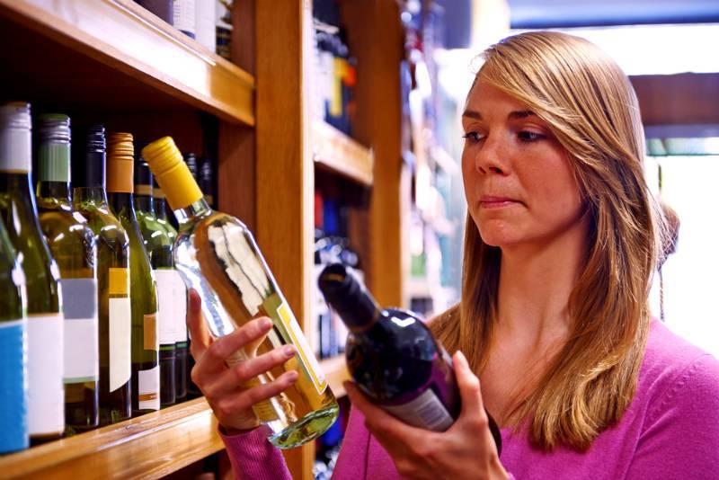 Как правильно выбрать вино в магазине