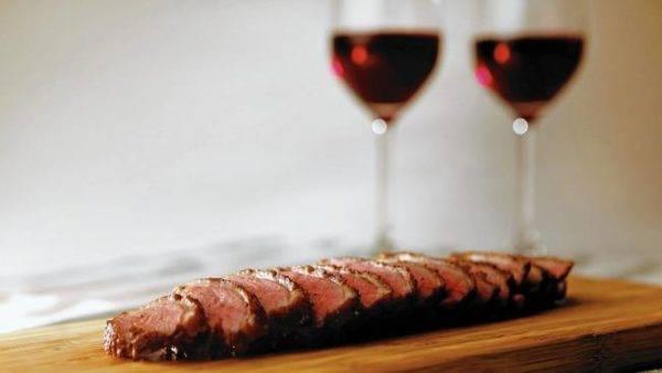 Красное вино с чем пьют и закусывают