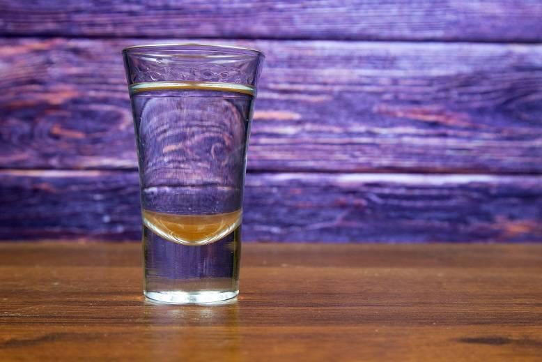 Как изготавливается водка