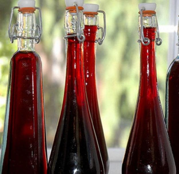 Водка настоянная на винограде