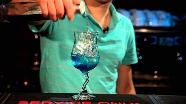 Голубая лагуна коктейль состав