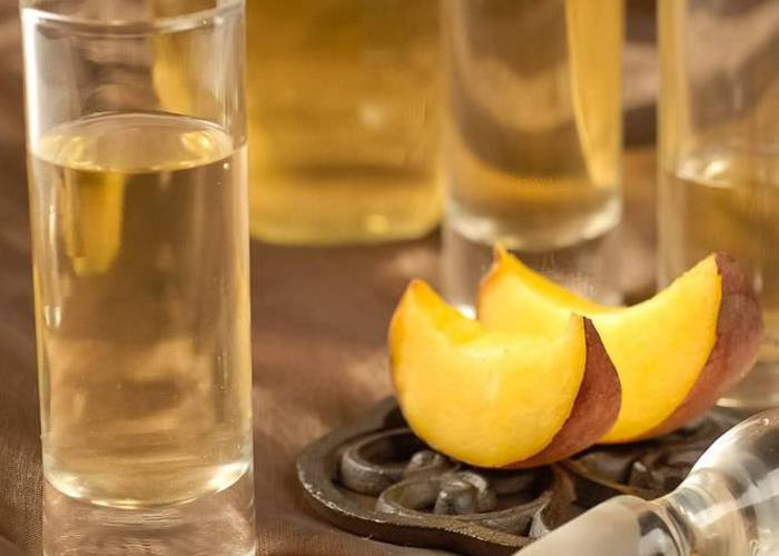 Персиковая водка