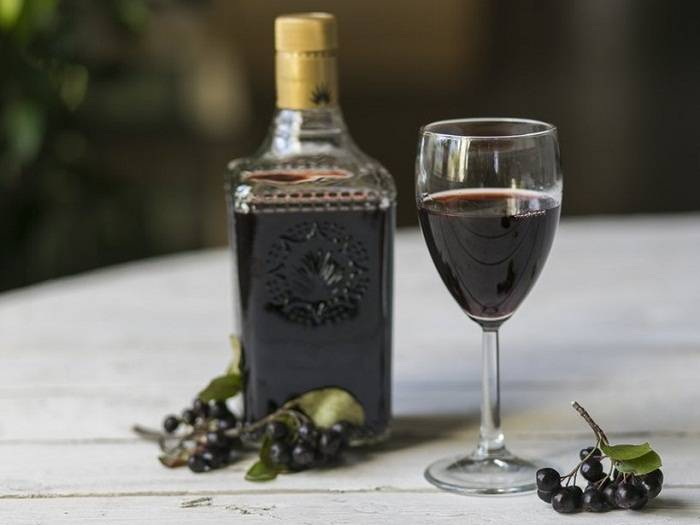Рецепт домашнего вина из черноплодки