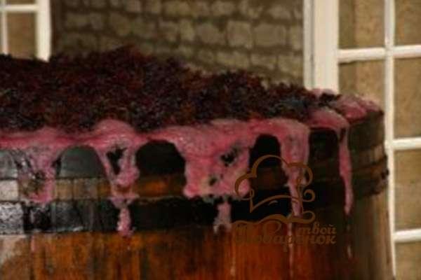 При какой температуре прекращается брожение вина