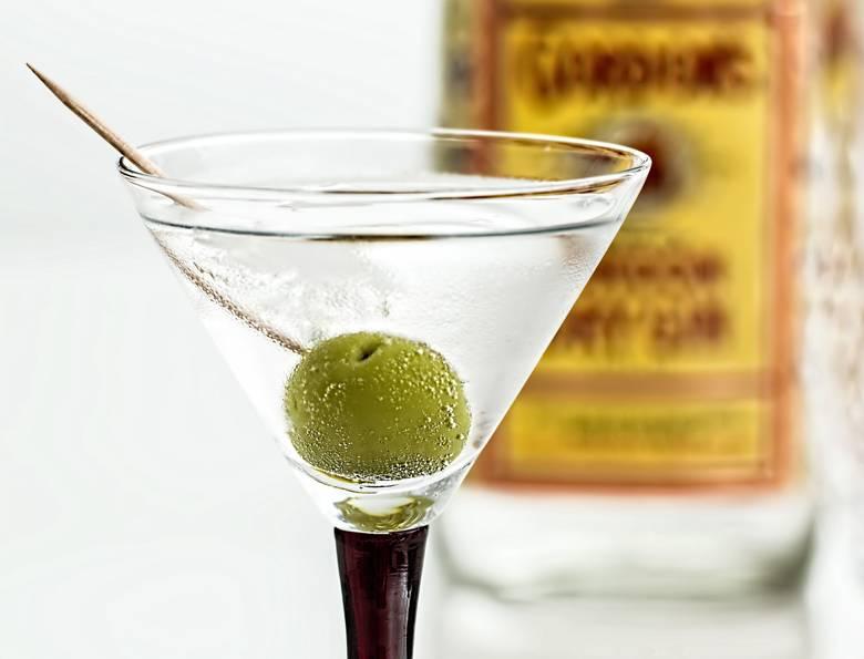 Из чего делается джин