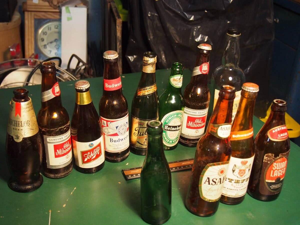 Пиво в глиняной бутылке