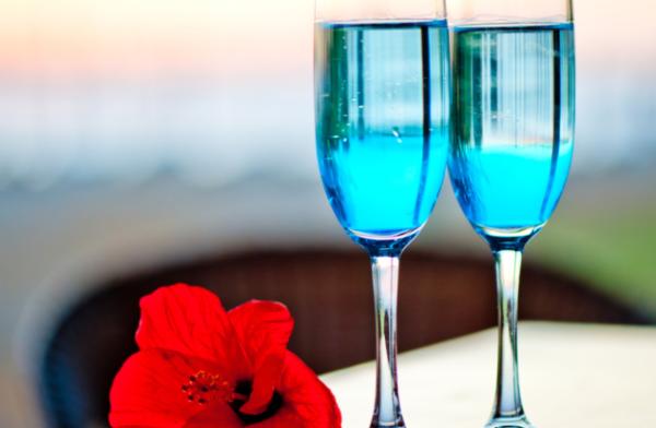 Шампанское с голубой этикеткой