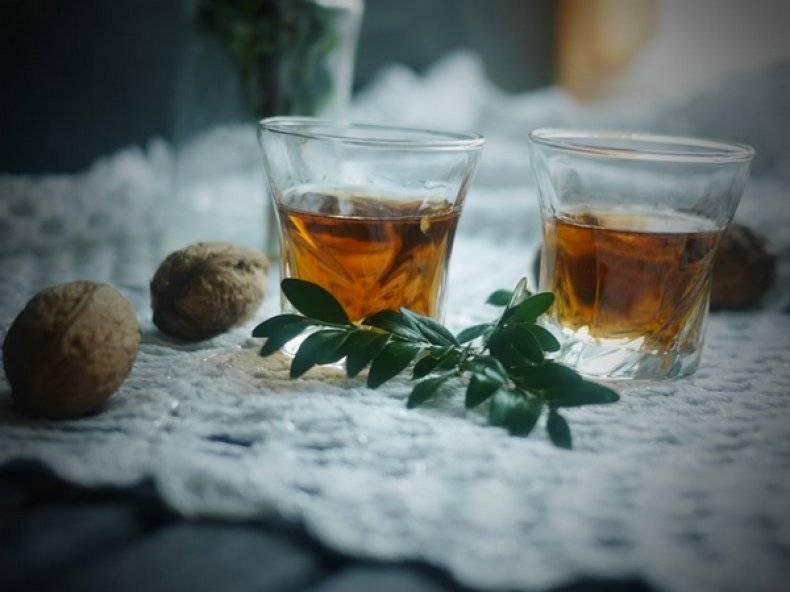 Настойка на грецких орехах на самогоне рецепт