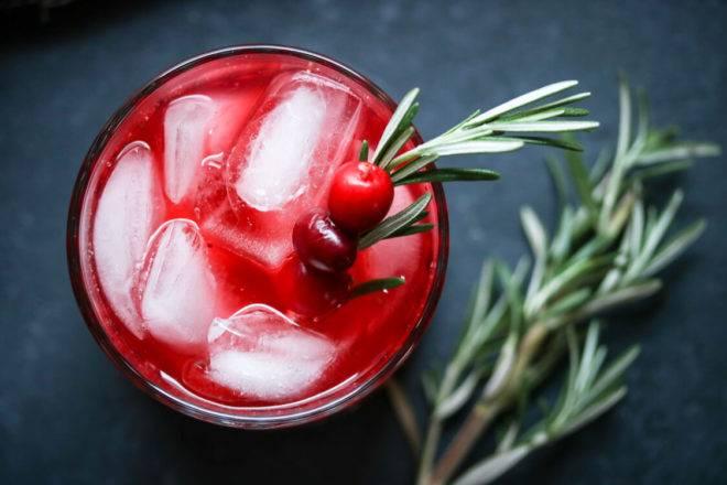 Настойка клюквы на спирту в домашних условиях