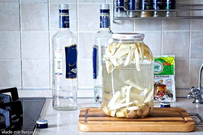 Как сделать водку с хреном