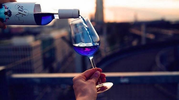 Вино синего цвета