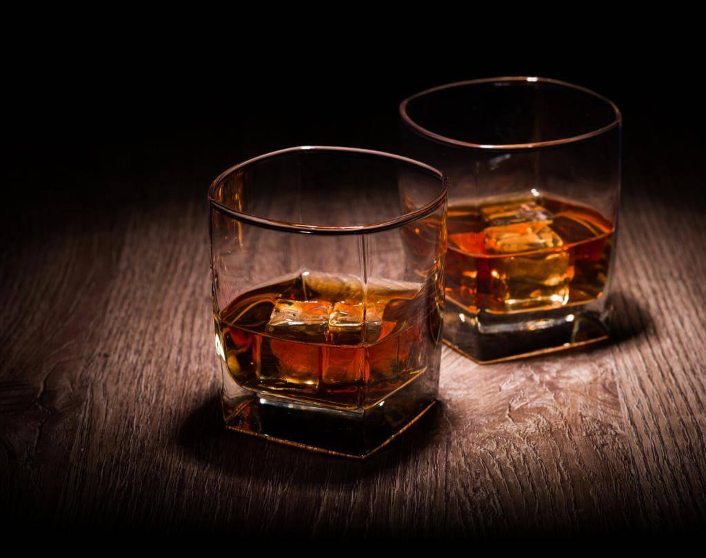 Чем отличается ром от виски