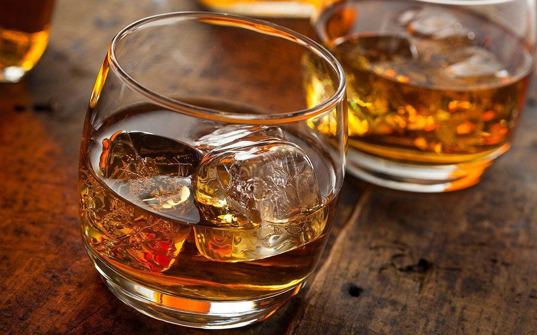 Как пить бурбон правильно и чем закусывать