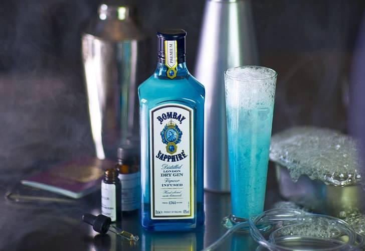 Голубой джин bombay sapphire